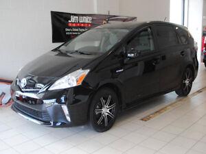 2012-Toyota-Prius-V-Three-Hybrid