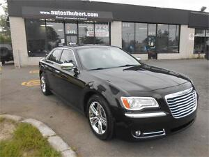 CHRYSLER 300 LIMITED 2012 **CUIR + TOIT OUVRANT**