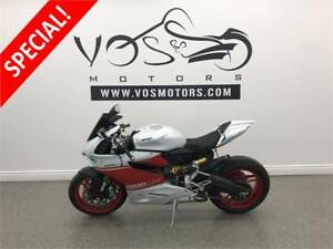 2015 Ducati 899 Panigale-Stock#V2823- Free Delivery in the GTA**