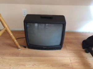 20 inchh TV for sale
