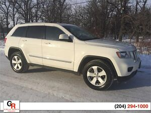 2011 Jeep Grand Cherokee Laredo, Leather, Navigation