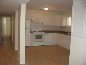 Awesome 2 bd West Super clean, bright and spacious. Sept 1st