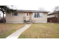 MUST SEE Bungalow!