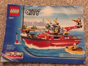 Lego City Fire Station and Fire Truck and Fire Boat Kitchener / Waterloo Kitchener Area image 8