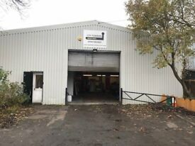 TO LET - LIGHT INDUSTRIAL UNIT / WORKSHOP APPROX 1000 SQ FT
