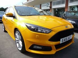 FORD FOCUS 2.0 ST-3 5d 247 BHP (yellow) 2015