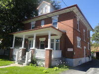 Spacious all included one bedroom apart. in Victorian House