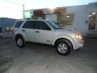 2008 FORD ESCAPE V6 LEATHER ALL WHEEL DRIVE!!!!!