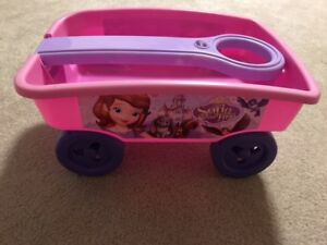 """PINK TOY WAGON """"SOFIA THE FIRST""""."""