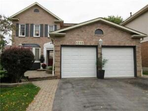 Gorgeous Family Home In Pickering!!