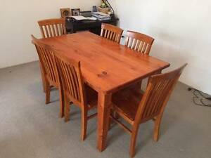 Wooden dinning room table with 6 matching chairs Cammeray North Sydney Area Preview
