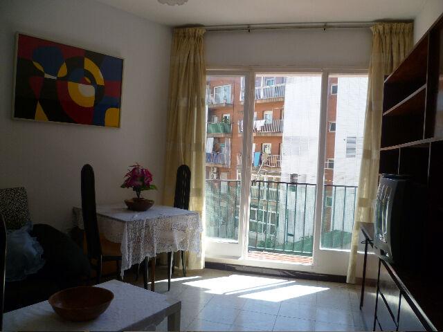 Alquilo piso amueblado en barcelona. Segunda mano