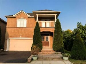 3 beds Detached house for rent in Vaughan