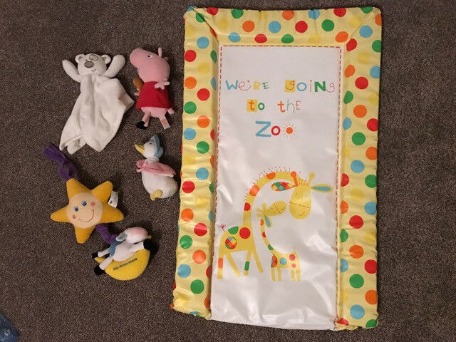 Baby bundle toys;light up pull cord cot chime,