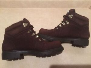 Women's Dry-Ice Waterproof Winter Boots Size 8 London Ontario image 4