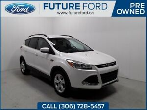 2016 Ford Escape SE | LOADED | AWD | POWER LIFT GATE | NAVIGATIO