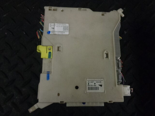 2009 LEXUS IS220D SE-I 4DR SALOON INTERIOR FUSE BOX UNIT 82730-53050