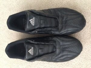 Adidas leather runners - Size 8 - Brand new - Never worn
