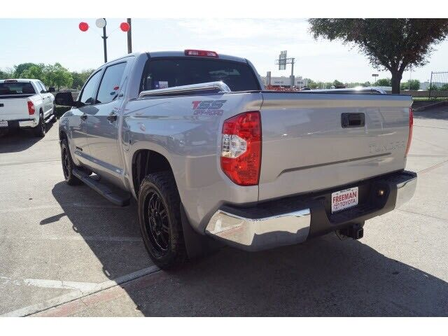 Image 3 Voiture American used Toyota Tundra 2017