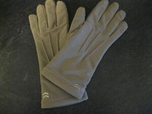 BRAND NEW ISOTONER GLOVES - still stitched together!!!