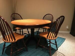 4 Canadian Maple Dining Room Chairs For Sale