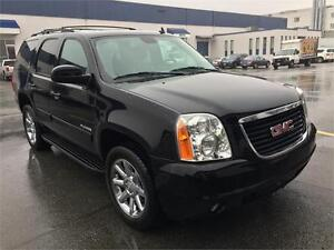 2014 GMC YUKON SLT LOW LOW KMS