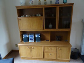 Schreiber Oak veneer drinks cabinet/wall unit