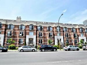 Downtown  furnished Two bedroom Split level Condo with mezzanine