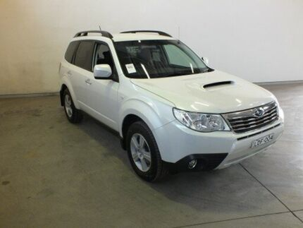 2011 Subaru Forester MY10 2.0D White 6 Speed Manual Wagon Westdale Tamworth City Preview
