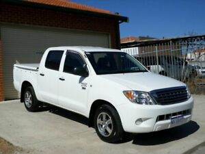 2007 Toyota Hilux TGN16R MY07 Workmate 4x2 White 5 Speed Manual Utility Mount Lawley Stirling Area Preview