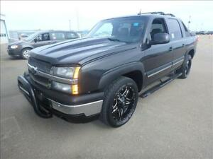 2005 CHEVROLET AVALANCHE DVD HDTV-LEATHER-SUNROOF-CLEAN CARPROOF