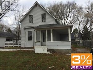 R33//Virden/Great potential 3 bedroom home ~ by 3% Realty
