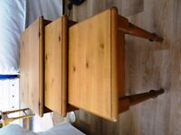 DUCAL PINE Top Quality NEST OF TABLES