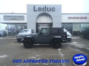 2015 Jeep Wrangler Sport Willy's Edition with Low KM