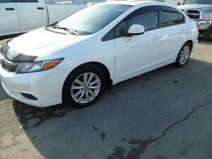 2012 Honda Civic EX Sedan /sunroof auto air FRESH TRADE IN!!!