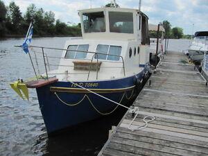Bateau Diesel, Acier 4cyl 22 pieds en bonne condition