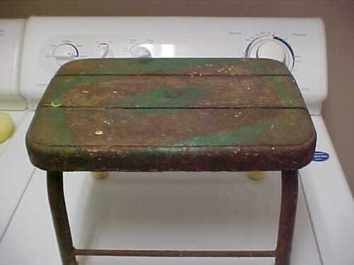 ~~Antique Wood & Metal Small Stool~Vintage~OLD~Primitive~Step~Milk?~green paint~