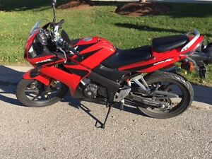 CBR 125 for sale and in great condition!