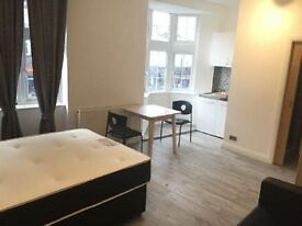 Studio flat in Golders Way, Golders Green