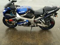 Gsxr 1000 k2 accident damaged, project