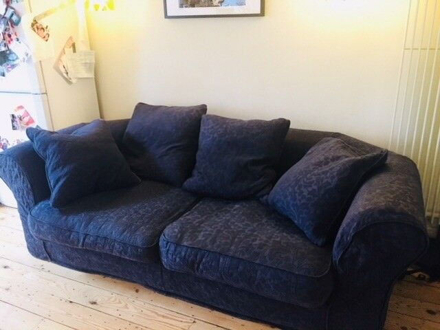 Swell Lovely Navy Blue Deep Sofa And Arm Chair In Hildenborough Kent Gumtree Unemploymentrelief Wooden Chair Designs For Living Room Unemploymentrelieforg