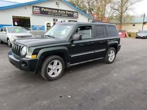 2010 Jeep Patriot North 4x4 5 speed Safetied 175k no rust