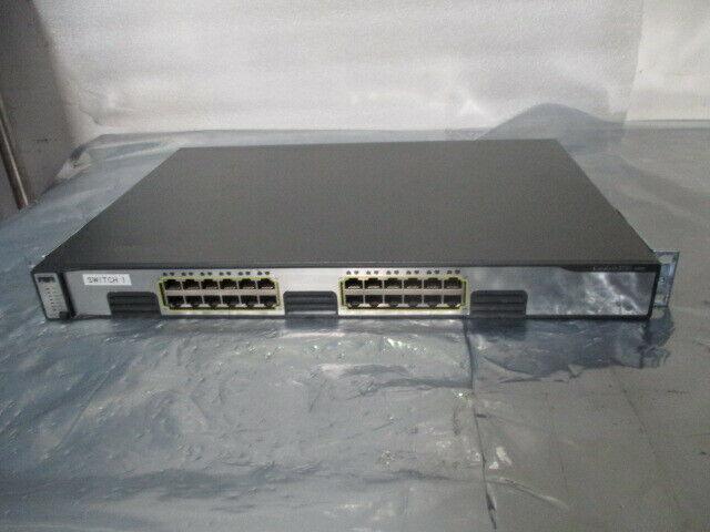 Cisco Catalyst WS-C3750G-24T-S 24-Port Gigabit Switch, 3750 Series, 451544