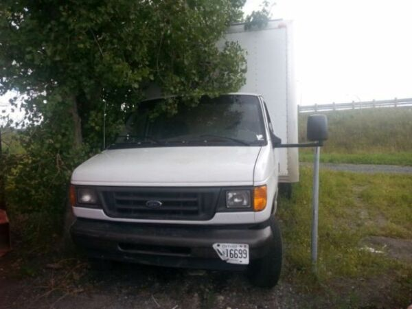 Used 2003 Ford E-Series Van