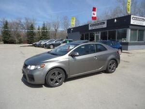 2010 Kia Forte Koup EX w/Sunroof,PREMIUM CONDITION!!