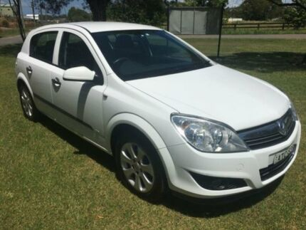 2008 Holden Astra AH MY08.5 60th Anniversary White 4 Speed Automatic Hatchback