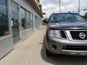 2008 Nissan Pathfinder S 4x4 7 passenger Certified Accident Free