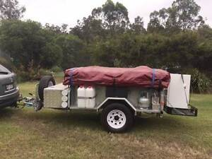 Fully Off Road Hot Gal Camper, with heaps of extras. Samsonvale Pine Rivers Area Preview
