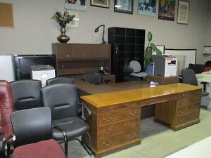 Office Desks Kingston Kingston Area image 3