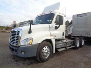 2011 FREIGHTLINER CASCDIA DAYCAB